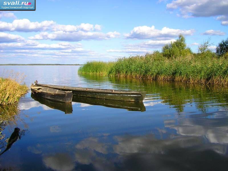 озеро черное. фото