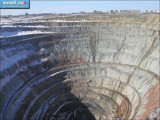 алмазный карьер мир якутия фото